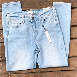 Sneak Peek Mid-rise Skinny Jean